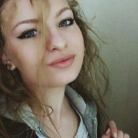 Elena Mosang