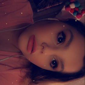 Chloe Z