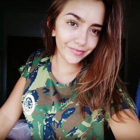 leticia Louvain