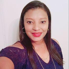 Esther Escalante