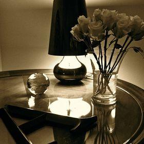 Giselda / Coffee Table Diary