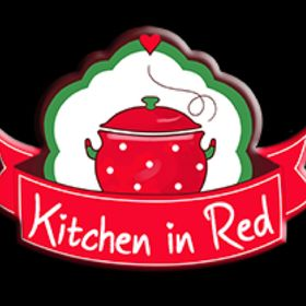 Pınar {Kitchen in Red}
