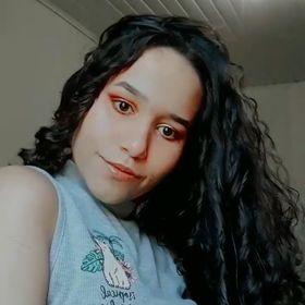 Luiza Dos Santos