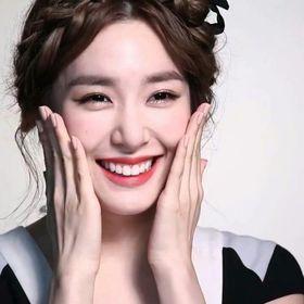 Tiffany Hwang81
