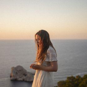 Olivia Bossert |  Fashion Photography Tips