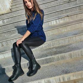 Elle Ną