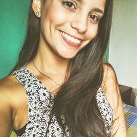 Nathalia Reyes C