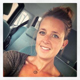 Steffi Dries