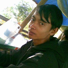 R Adi Kurniawan