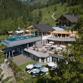 Almwellness Resort Tuffbad****S