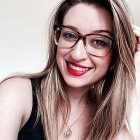 Lívia Maria Curiel