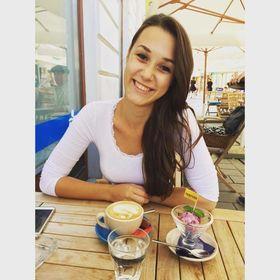 Marianna Staroňová
