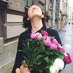 Maria Yavein