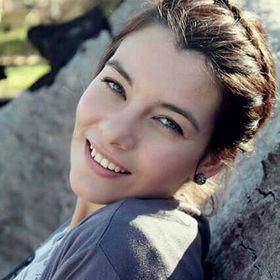 Thalene Geyser