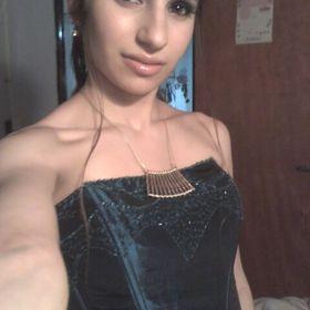 Paola Santillan