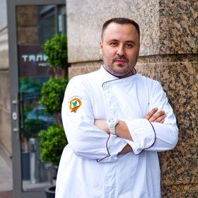 Руслан Шмидов