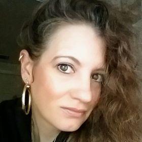 Amanda M. Pimienta