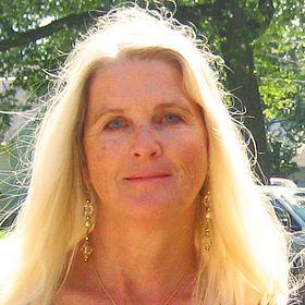 Esther Briggs