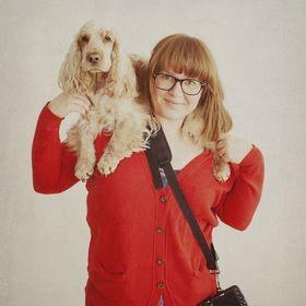 Nani Annette   Dog photographer   Writer   Educator   I share tips and inspiration