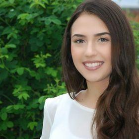 Naomi Gabriela
