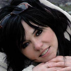 Karin Toopová