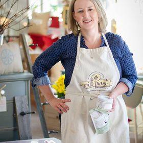 Wendy Batten ~ Front Porch Mercantile Shops and Paint Workshops ~Paint Retailer Coach ~