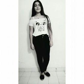 Sara Echeverría♠