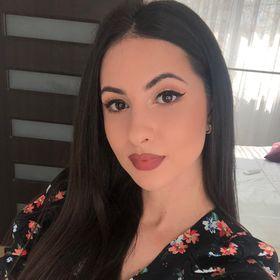 Bianca Mitroi