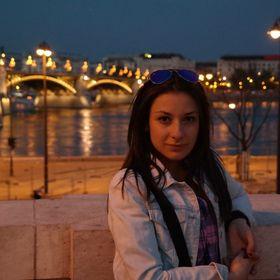 Laura Raleva