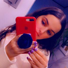 Nicoly Avila 👑🦄🐱🌈⚡️