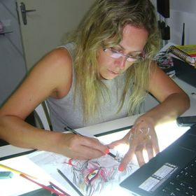 Nivea Maria Sass