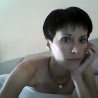 Mónika Leszkó