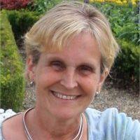 Joyce Leas
