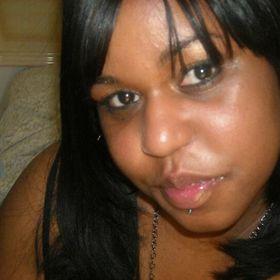 Farrah Belle