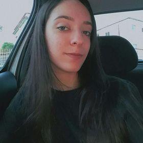 Lara Caus