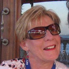 Suzette Bouwer