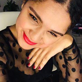 Edivania Lopes