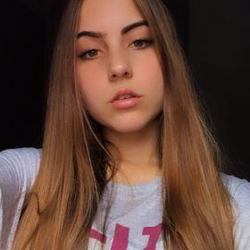 Flávia Tomazzini