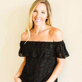 Carrie Gillaspie | TV Host & Blogger