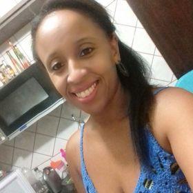 Cyntia Mariano