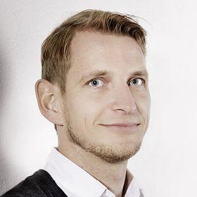 Lucas Arnezeder