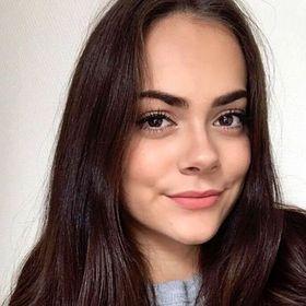 Elena Pirela-Østrem