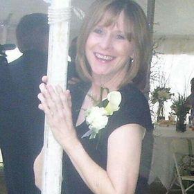 Annette DeLattre