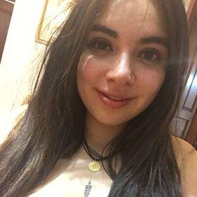 Cynthia Ennovi Lara