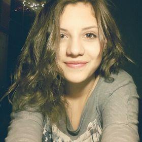 Elena Laz
