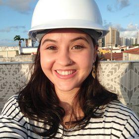 Yasmin Batista - Arquitetura e Urbanismo