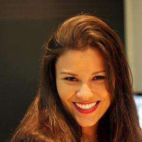 Carolina Carneiro