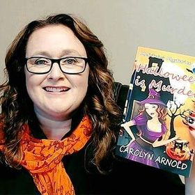 Author Carolyn Arnold