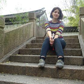 Laura Arzzo
