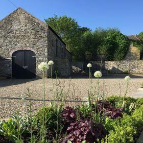 Kelly Harkness Interiors   Decor   Gardens   Lifestyle
